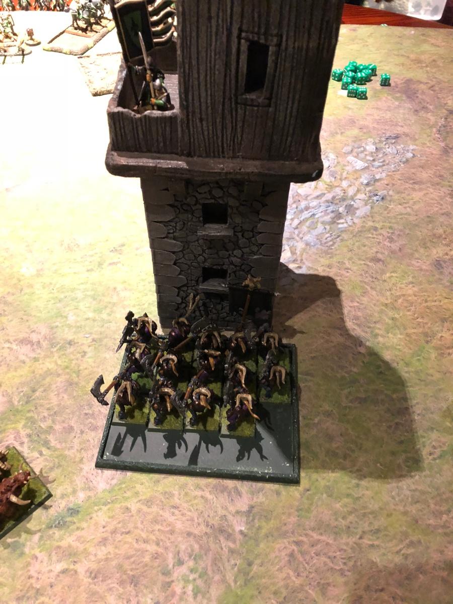 32. Beastmen T6 - charge